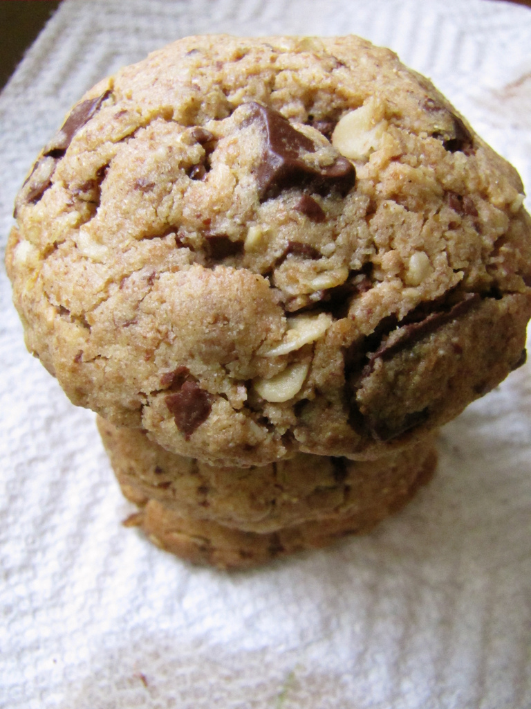 Whole Wheat Peanut Butter Choc-Oat Chip Cookies
