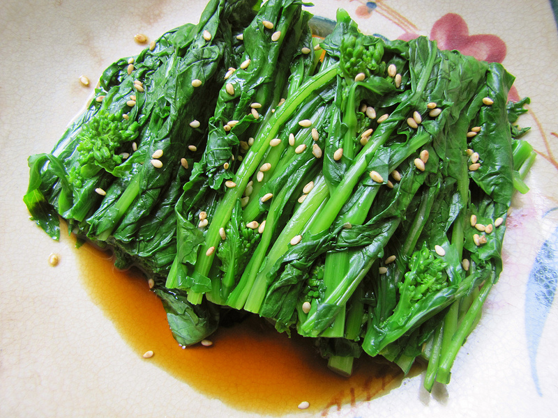 Blanched Broccoli Rabe Greens with Soy-Dashi Sauce