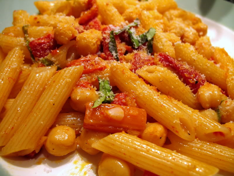 Chickpea & Roasted Red Pepper Penne