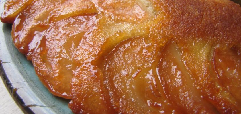 Apple Upside-Down Cake (in a fry pan!)