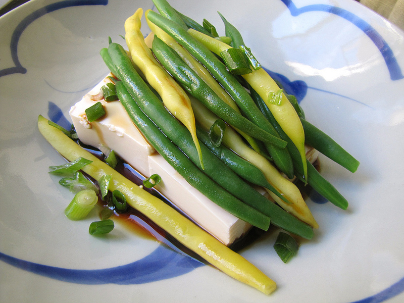 String Beans With Silken Tofu and Vinegared Soy Sauce
