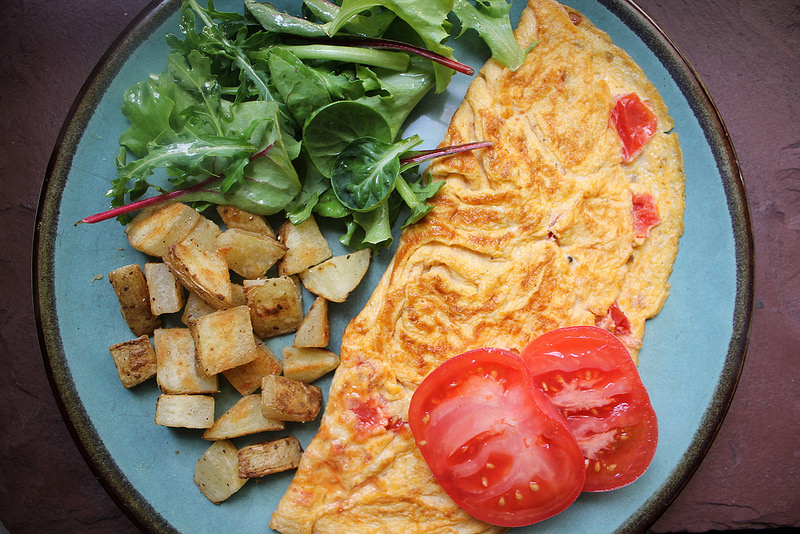Chutney Spiced Tomato Omelet